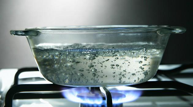 Tutorial de como desentupir vaso obstruído com sabonete: